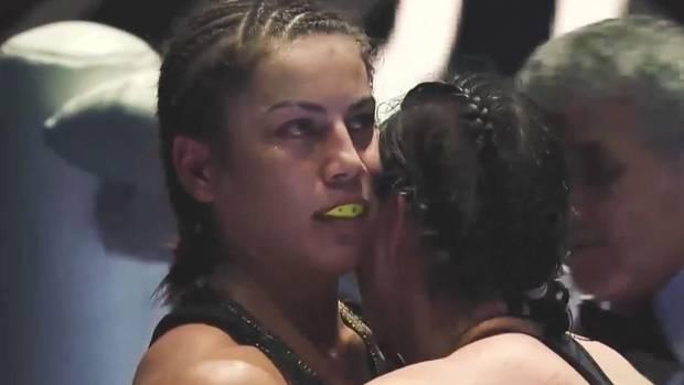 Box-Weltmeisterin Firuza Sharipova aus Kasachstan