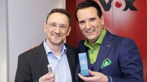 Rostschreck-Erfinder Oliver Rokitta und sein Löwe Ralf Dümmel