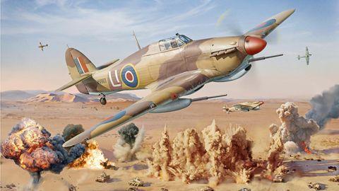 Die Hawker Hurricane Mk IID ist als Panzerknacker mit 40-mm-Kanonen ausgerüstet. Hier greift eine Staffel Truppen des deutschen Afrikakorps an.