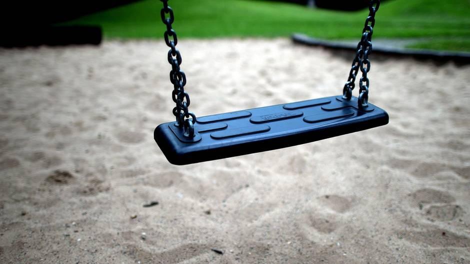 Finnland - Spielplatz - Dreijähriges Kind erstochen