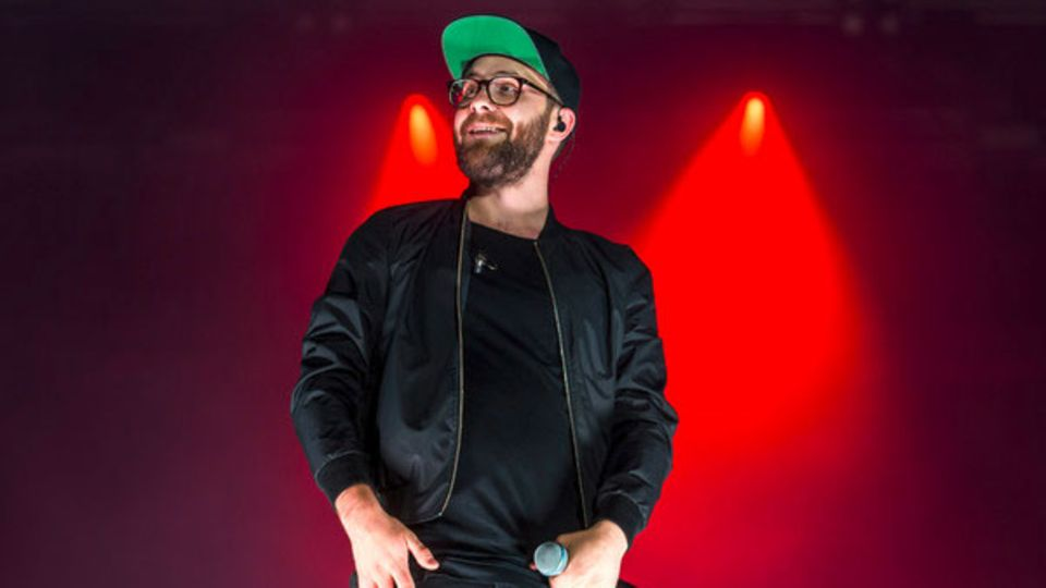 """Musik-Castingshow: Theologiestudent Samuel Rösch geht auf Risiko und gewinnt """"Voice of Germany""""-Finale"""