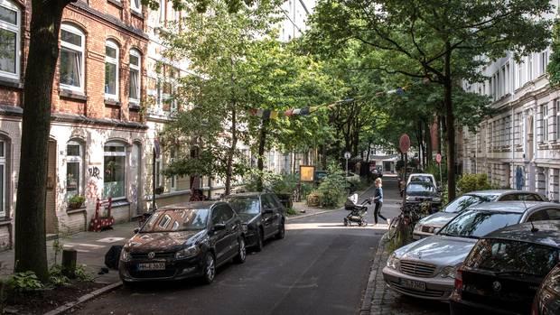 Typischer Straßenzug Ottensen: der Nernstweg