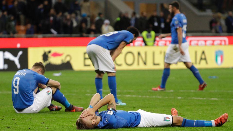 Italiens Spieler nach dem Abpfiff