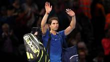 Rafael Nadal winkt seinen Fans