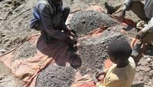Bericht von Amnesty International: Kinder arbeiten in den Kobalt-Minen im Kongo