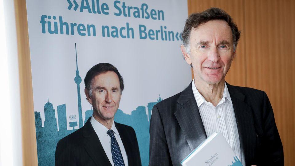 Der Autor und frühere britische Handelsminister Lord Stephen Green bei der Vorstellung seines Buches im September
