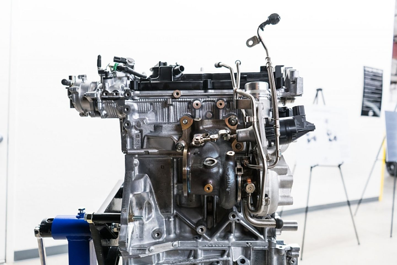 Infiniti QX 50 Prototyp - leider mit einem CVT-Getriebe kombiniert