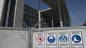 Der Neubau des Bundestages, wird nicht nur sieben Jahre später als ursprünglich geplant fertig, sondern auch deutlich teurer