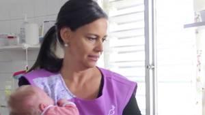 Uruguay: Neugeborene ohne Mütter - diese Frauen kümmern sich rührend um vereinsamte Babys