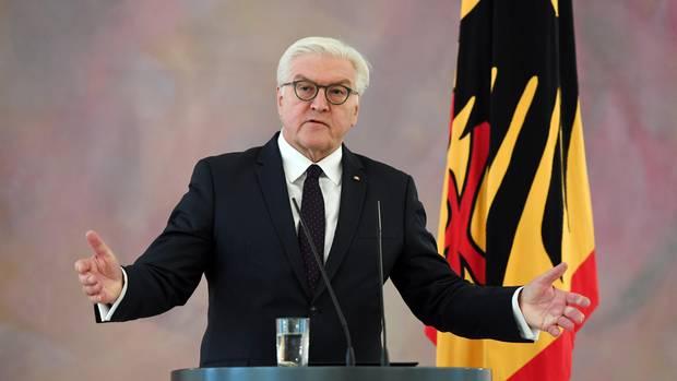 Bundespräsident Frank-Walter Steinmeier hat nach dem Scheitern der Jamaika-Sondierung mahnende Worte vor allem an FDP und SPD gerichtet