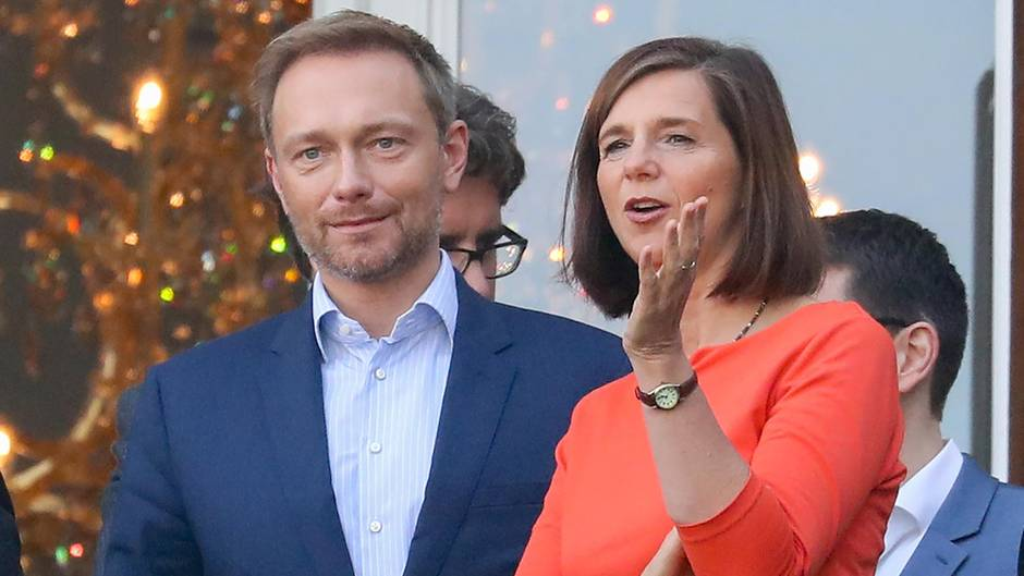 Christian Lindner (FDP) im Gespräch mit Katrin Göring-Eckardt (Grüne) Ende Oktober.