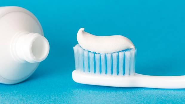 Stiftung Warentest prüft Zahncremes