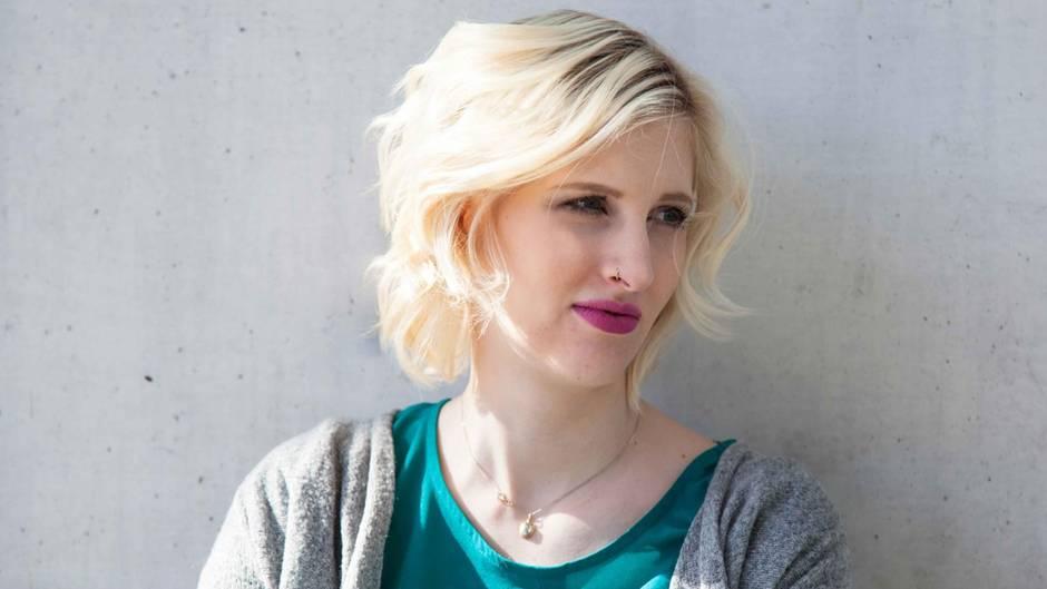 Ein Deutsches Mädchen Heidi Benneckensteins Jugend Unter Nazis Neon