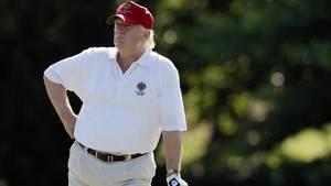 Donald Trump spielt Golf