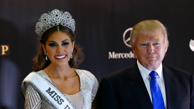 """Trump auf der Party in Moskau zur """"Miss Universe""""-Wahl 2013. Der Wettbewerb gehörte ihm damals anteilig"""