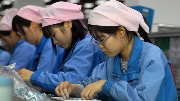 Apple - iPhone X - Überstunden - Schüler - China - Produktion