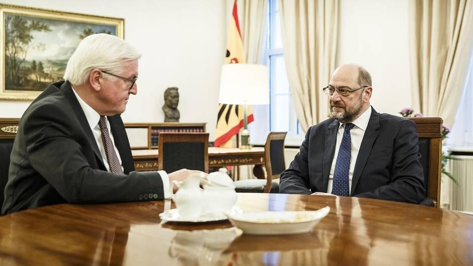 Schicksalstage für die SPD: Zickzack in die GroKo?