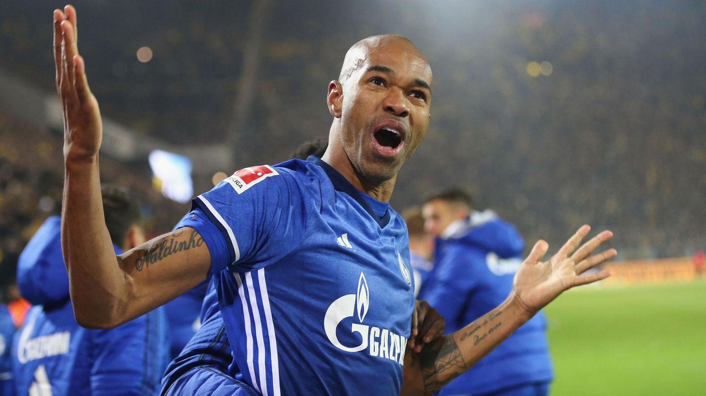 Naldo jubelt über das 4:4 von Schalke beim BVB