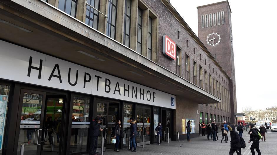 Das sagt die Stadt Düsseldorf zum Bußgeldbescheid für Ausruhen an der Bushaltestelle
