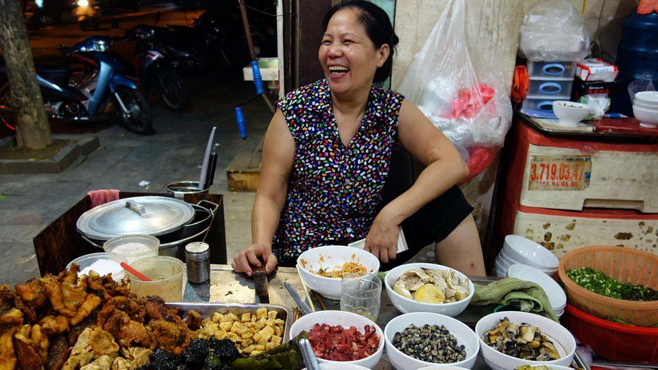 Hanoi zählt zu den besten Food-Städten der Welt. In der Hauptstadt Vietnams bekommt man zudem das günstigste Essen als Tourist.