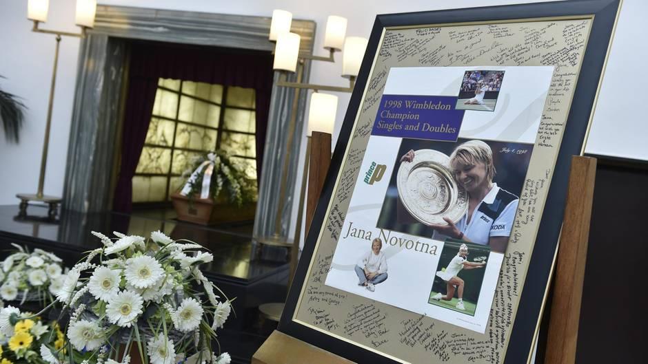Jana Novotna - Beisetzung - Tschechien - Wimbledon-Siegerin