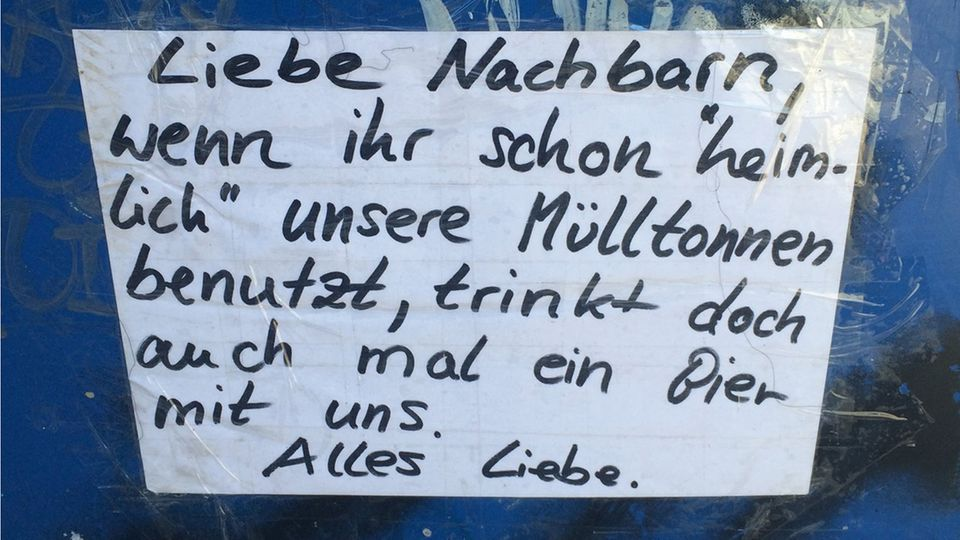 """""""Notes of Berlin""""-Kalender 2018: Herzerwärmende Ampel-Gesuche und bissige Botschaften an die Nachbarn"""