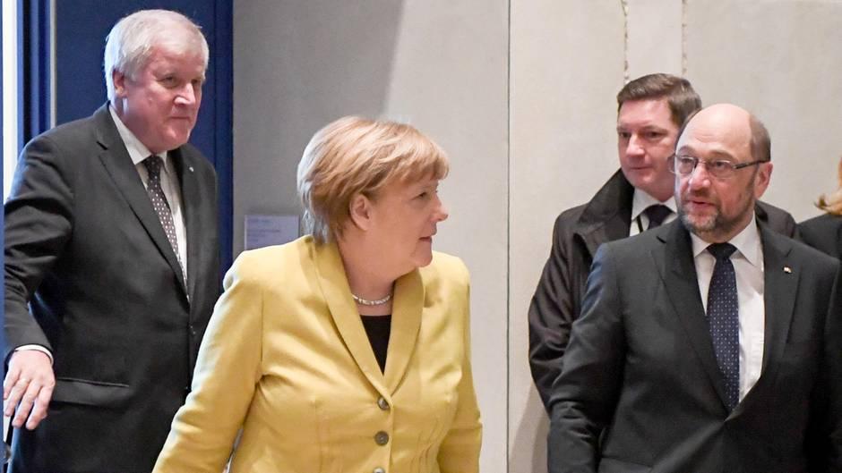 Horst Seehofer (l.), Angela Merkel (M.) und Martin Schulz (Archivbild)