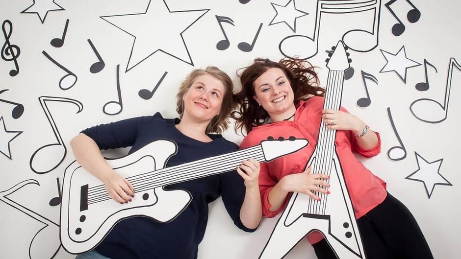 Kinder im Krankenhaus brauchen coole Musik! Die Idee zu den Kinderklinikkonzerten hatten Nicole John (l.) und Nadja Benndorf
