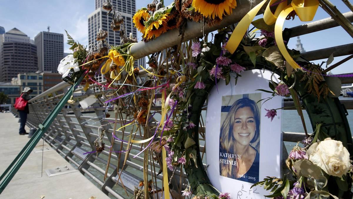 Illegaler Einwanderer: Donald Trump empört: Mann erschießt Kate Steinle - wird aber nicht wegen Mordes verurteilt