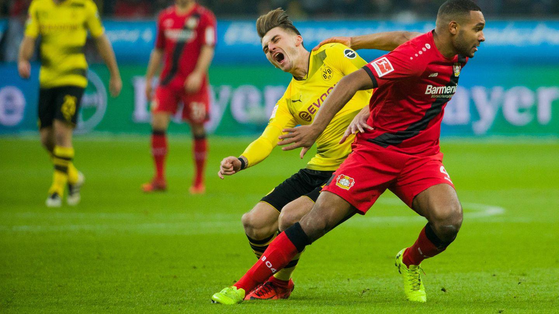 Der Moment der Verletzung: Maximilian Philipp schreit vor Schmerz