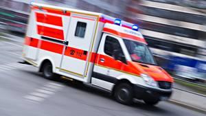 nachrichten deutschland - Krankenwagen im Einsatz