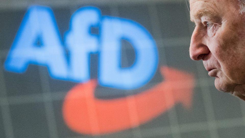 Die AfD hat Alexander Gauland zu einem ihrer Vorsitzenden gewählt