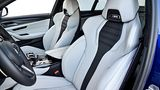BMW M5 - viel Seitenhalt durch die Sportstühle