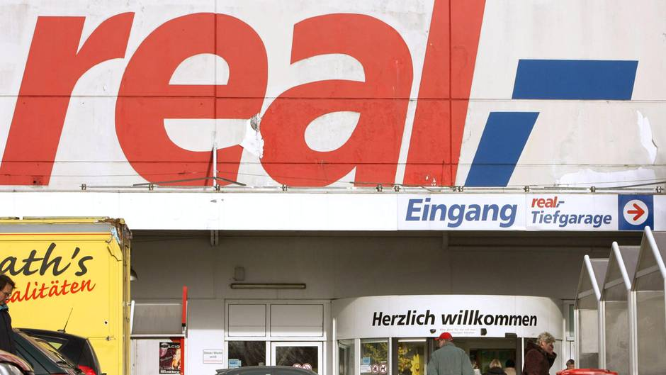 Im Onlineshop der Supermarktkette Real gab es Wehrmachtsartikel zu kaufen