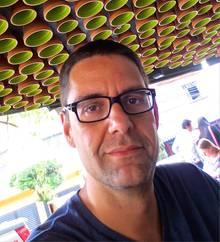 Forscher und Lehrer Paul Darvasi aus Kanada