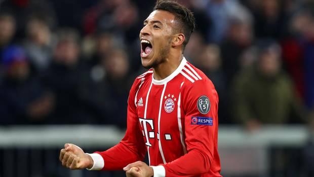 Corentin Tolisso jubelt nach dem dritten Tor für die Bayern in der Champions League gegen PSG