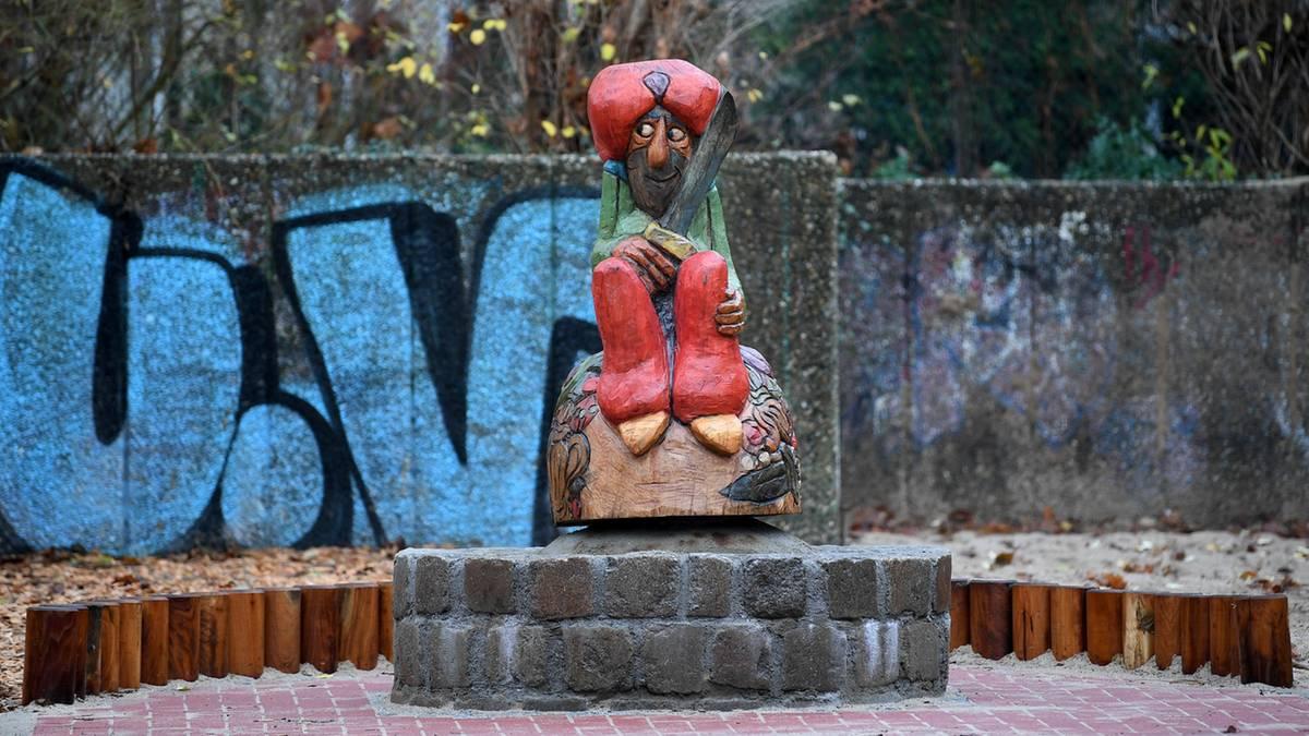 Nach Posse um vermeintliche Islamisierung: Berliner Spielplatz unter Polizeischutz eröffnet