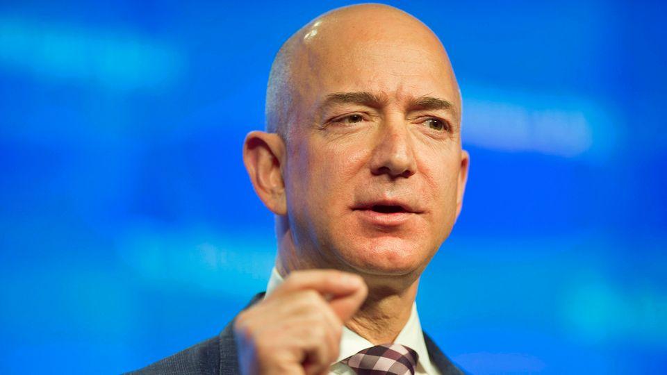 Tech-Giganten: Die lange Fehde zwischen Amazon und Google - und worum es wirklich geht