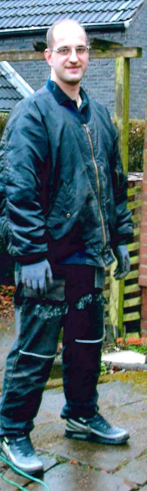 Stefan K. ist 35 Jahre alt, 177 cm groß, 80 Kg schwer und wird seit Samstagnacht in Düsseldorf vermisst