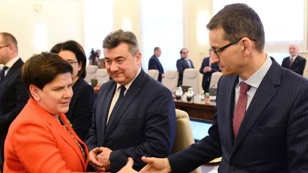 Polen: Regierungschefin Szydlo tritt ab - Morawiecki wird Nachfolger