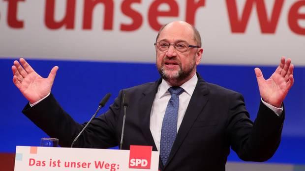 """SPD-Chef Martin Schulz sitzt wieder fest im Sattel, schreibt am Freitagmorgen die """"Bild""""-Zeitung."""
