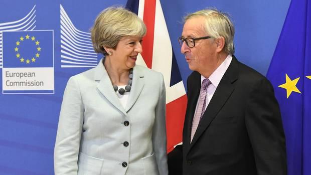 Brexit Theresa May und Jean-Claude Juncker