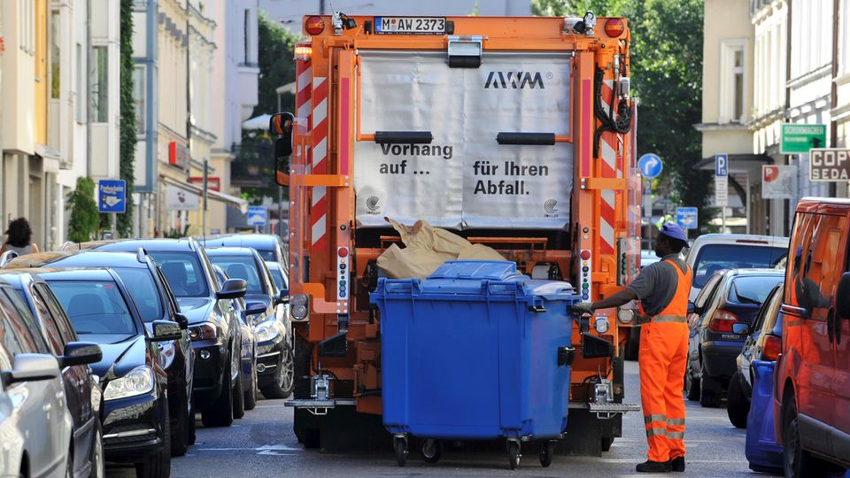 Nürnberg Obdachloser Müllwagen