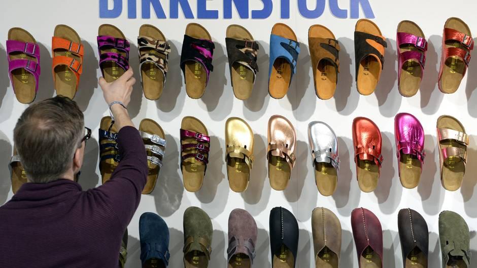 ab3fda7230266c Birkenstock kündigt  Bald gibt s bei Amazon keine Sandalen mehr ...