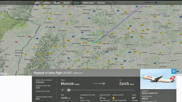 Kurz vor Zürich legte am Samstagabend der Swiss-Flug LX1327 eine außerplanmäßige Zwischenlandung in Stuttgart ein, um eine störende Passagierin von Bord zu lassen.