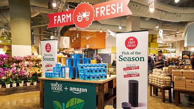 """Den Alexa-Lautsprecher verkauft auch Amazons neue Biosupermarktkette Whole Foods – """"farm fresh"""", frisch vom Bauern"""
