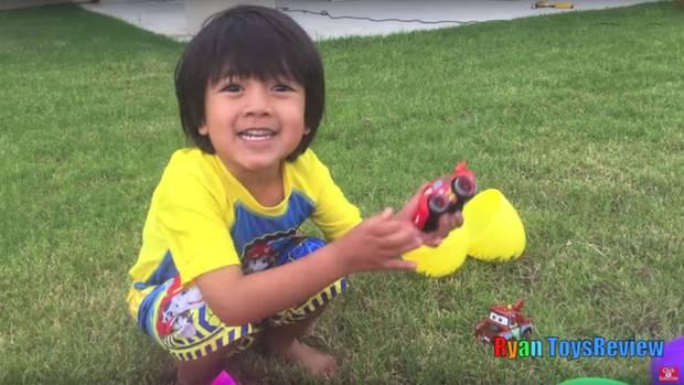 Auf Spielzeugautos fährt Ryan ganz besonders ab