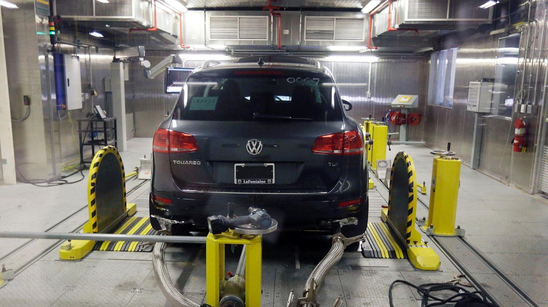 VW Touareg in einer Teststation der US-Umweltschutzbehörde