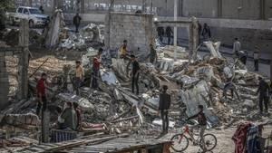 Israels Luftwaffe bombardiert nach Raketenangriff erneut Gazastreifen