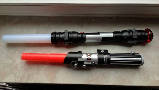 Star Wars Light Saber Dart Vader Lichtschwert